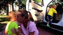 Vlad CrazyShow Влад Крези Шоу - Bad Kids & Giant Candy