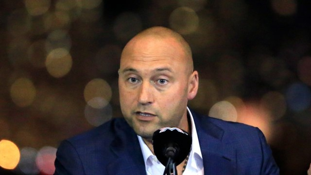 Derek Jeter Confronted by Angry Miami Marlins Fans