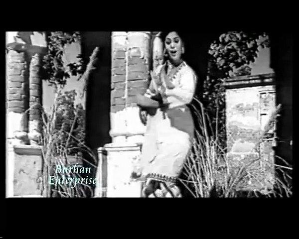 Hun Mukk Gaya Lukk Lukk Takna - Zubeda Khanam for Musarrat Nazir - Film Mahi Munda