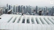 Il saute au-dessus du vide sur le bord d'un immeuble de 70 étages à Dubai !