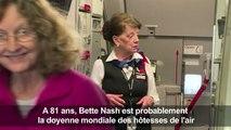 La doyenne des hôtesses de l'air célèbre ses 60 ans de carrière