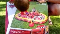 ТАЧКИ МОЛНИЯ МАКВИН БАССЕЙН Машинки Маквин Гонки Игры для детей Cars toys Lightning McQueen pool