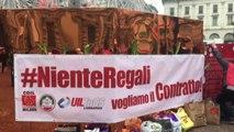 A Milano corteo lavoratori Gdo: Niente regali, vogliamo contratto