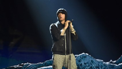 Eminem - Walk On Water