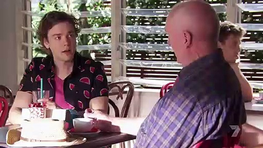 Home and Away 6808 18th December 2017 Part 1/3