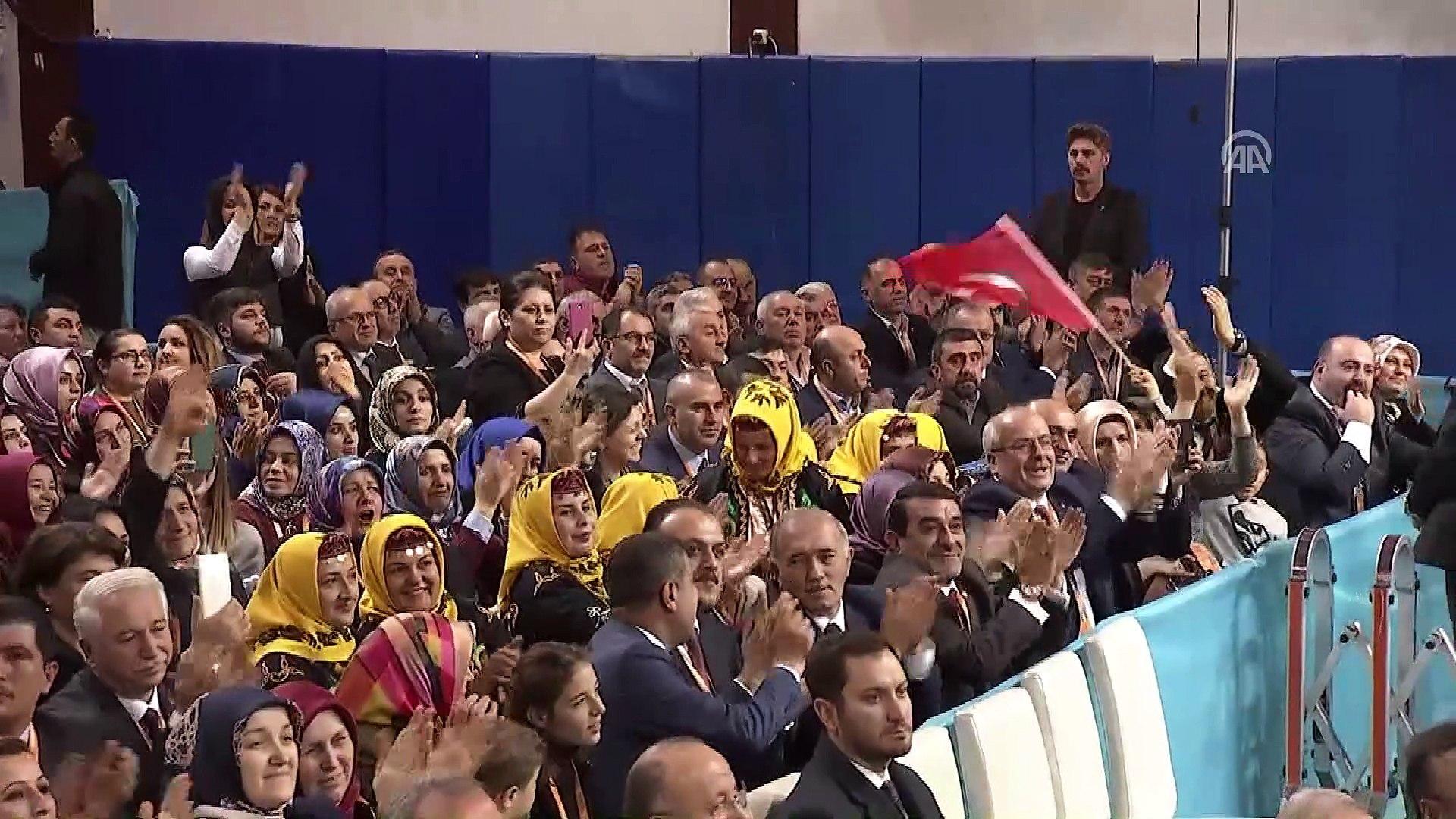 Cumhurbaşkanı Erdoğan: 'Evlatlarımıza daha güçlü ve müreffeh bir ülke bırakmak için var gücümüz