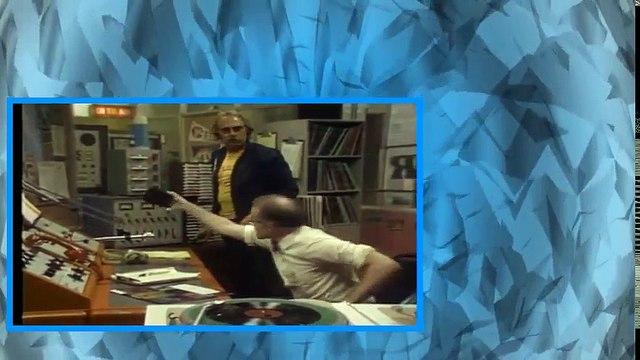 WKRP in Cincinnati  S01E03   Les on a Ledge