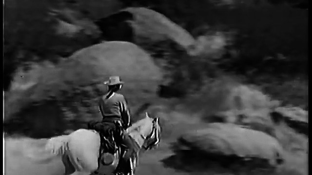The Lone Ranger THE LONE RANGER FIGHTS ON (E 2)