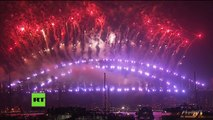 New South Wales, Australia 0h 01/01/2018 (GMT+11): Pháo hoa mừng năm mới 2018 tại Sydney Harbour - 2