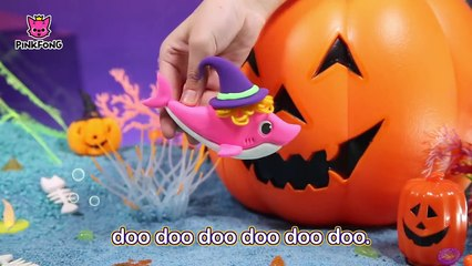 Pirate Baby Shark and more _ Best Halloween Songs _  Com