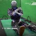 Kengoro, le robot ultra-perfectionné qui transpire quand il fait des pompes