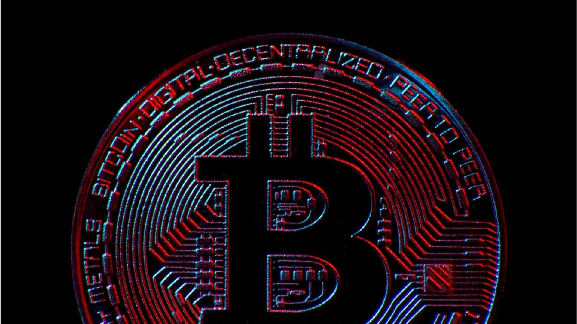 Cryptocurrency Market Cap Peaks Above $700 Billion