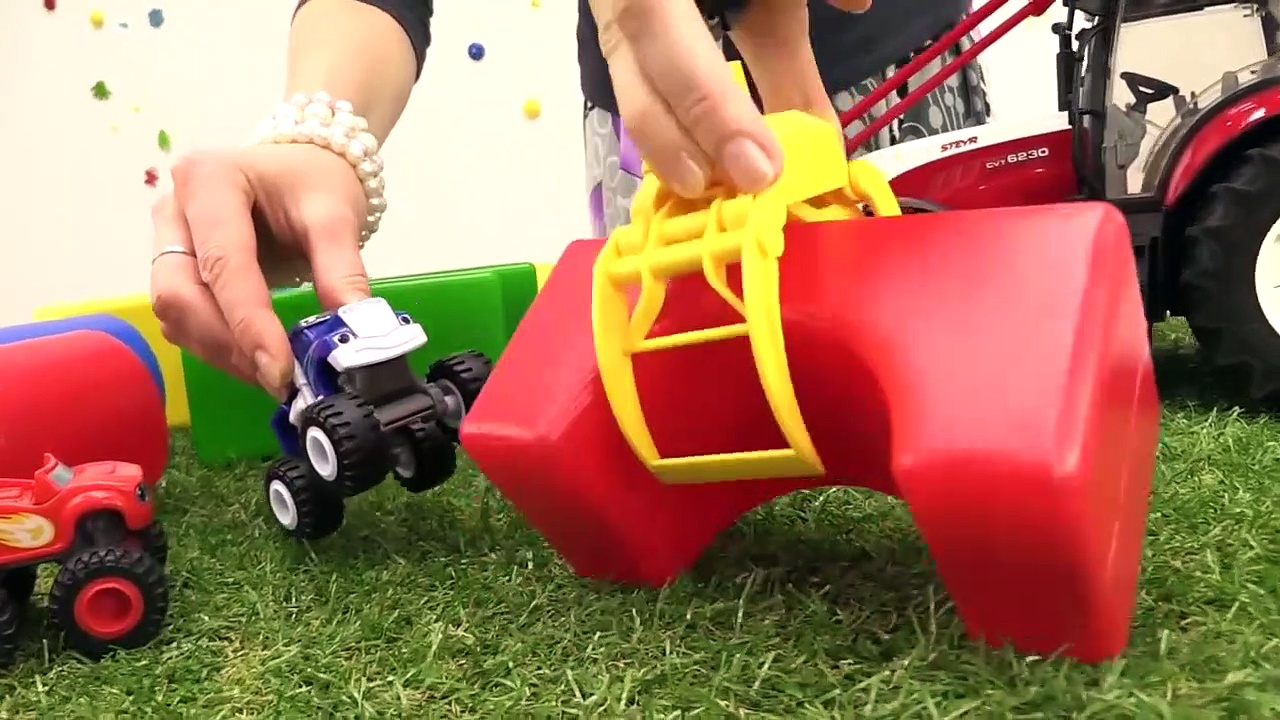 SMELLY TOY TRUCKS JUMP! – Toy Trucks storie