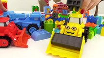 BOB the Builder Can't Count! TOY TRAINS Number Game with LEGO Construction Toy Truc