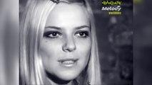 """France Gall interprète """"Les sucettes"""" en 1966"""