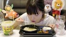 【韓国】魅力的なコンビニ商品食べる。(コップピザ、マンドゥククス弁当)