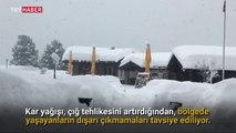 Ünlü kayak merkezinde 13 bin turist mahsur kaldı