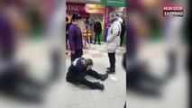 Russie : Accusé de vol, un homme met KO le vigile d'un magasin (Vidéo)