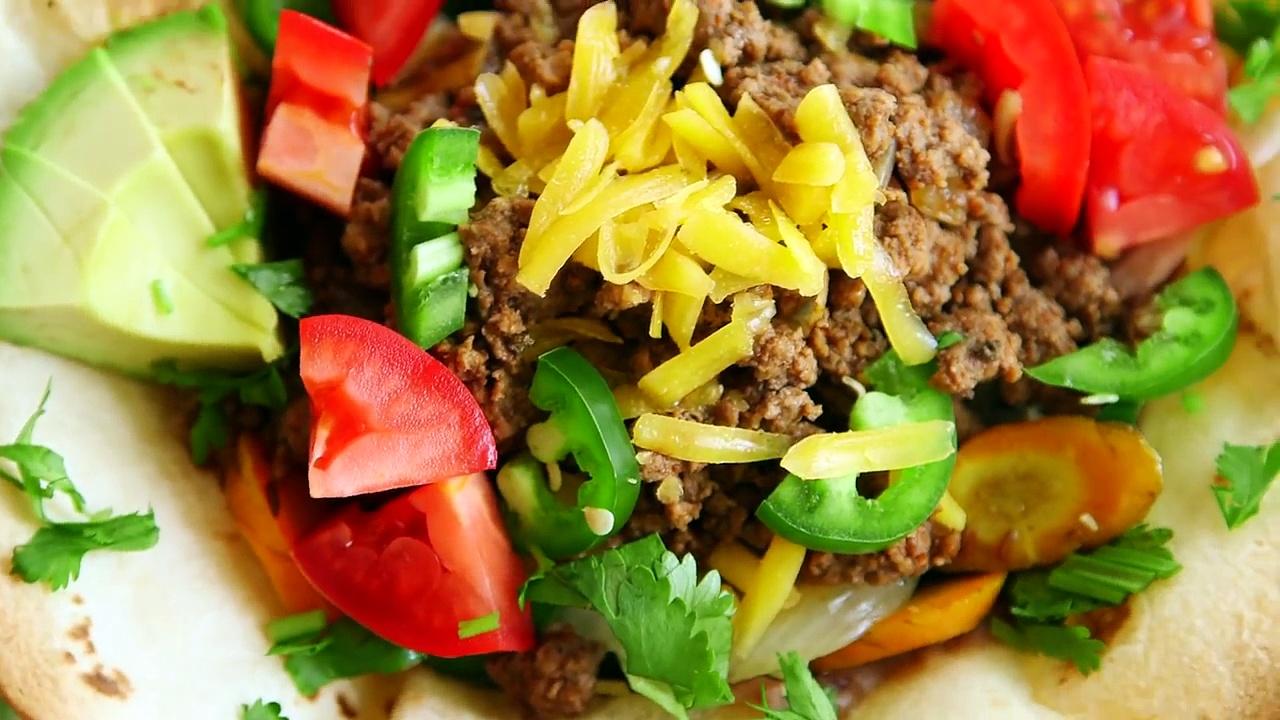 How to Make Taco Salad |  Hilah Cooking