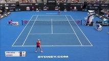 TENNIS: WTA Sydney: Kerber déroule contre Cibulkova (6-3 6-1) et file en demies
