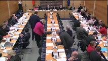 Commission des lois : Information des administrations par l'institution judiciaire ; Contrôle parlementaire des mesures prises par le gouvernement pendant l'état d'urgence - Mercredi 2 décembre 2015