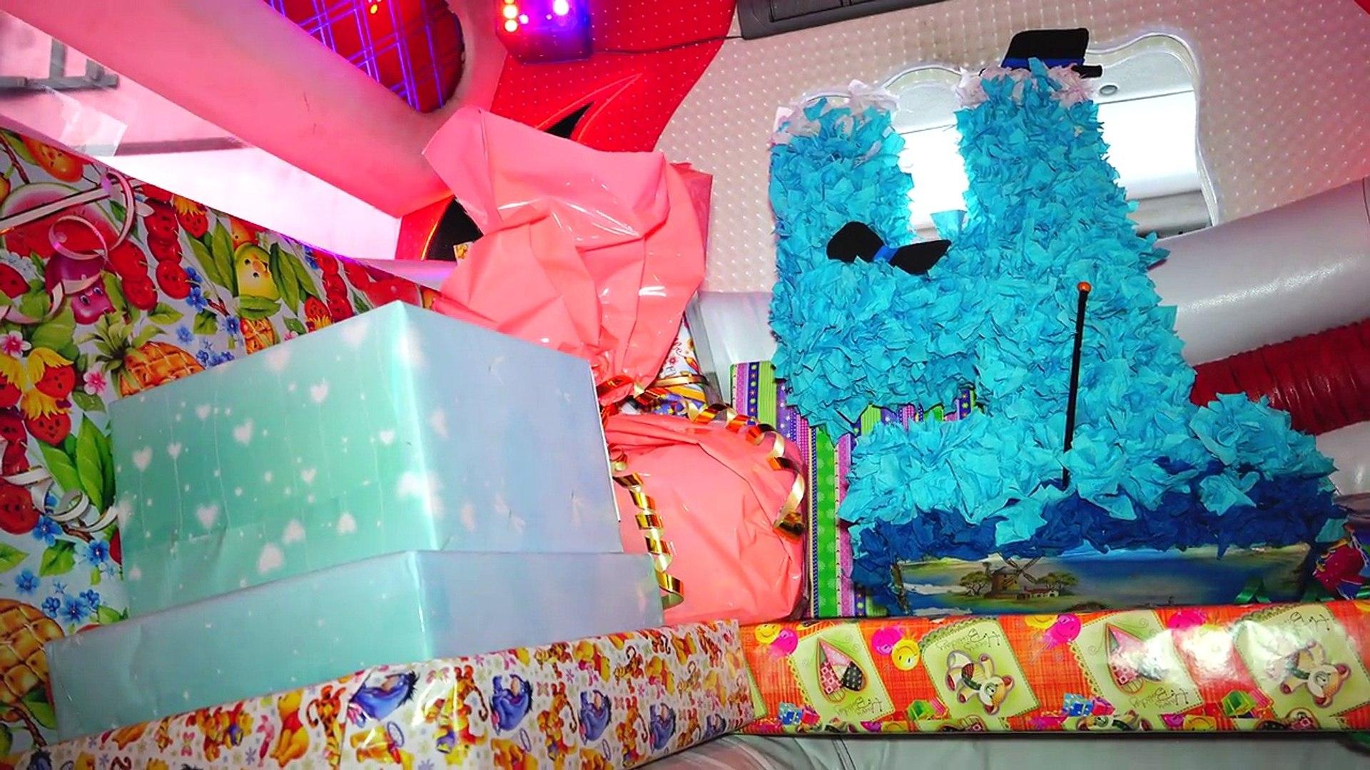 День Рождения Даньки 4 года. Лимузин Hummer H2 Распаковка подарков OPENING BIRTHDAY PRESENTS