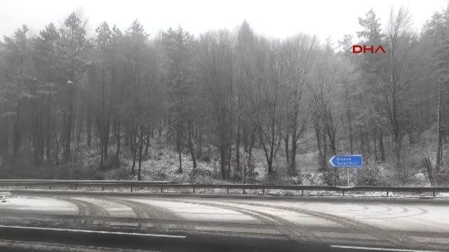 Bolu - Bolu Dağı'nda Kar Yağışı Başladı