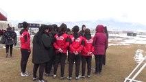 Yüksekovalı Kızlar Futbolda Türkiye Şampiyonasına Hazırlanıyor