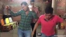 A Bailar Un Grupo De Amigos Borrachos Nuevo Paso De Baile Las Lobas