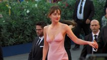Chris Martin et Dakota Johnson ravivent les rumeurs de romance!