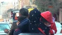 Şanlıurfa Motosiklette Bir Çift ve 3 Çocuğunun Tehlikeli Yolculuğu