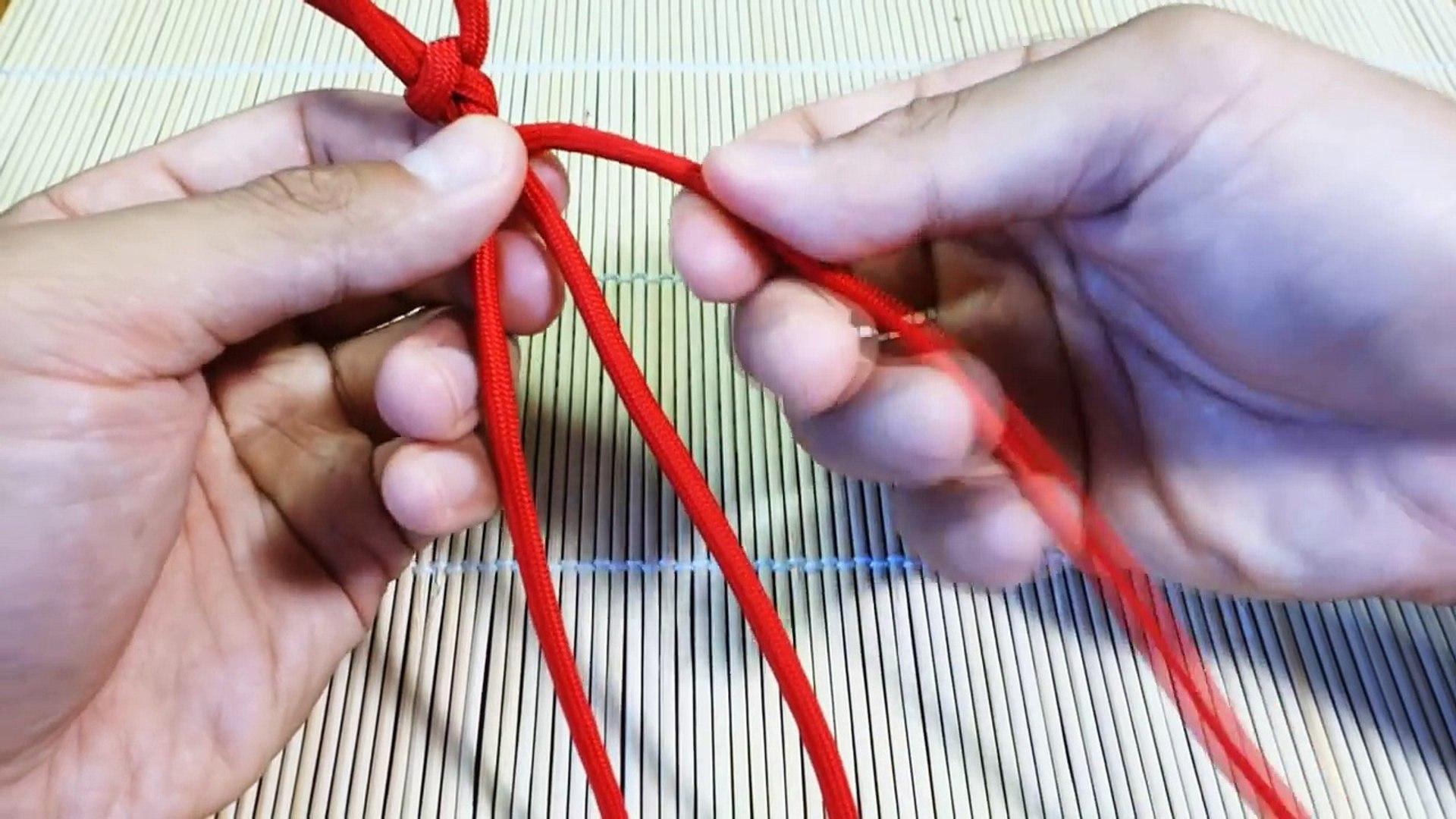 How to Make a Paracord Rastaclat Bracelet (Paraclat) Tutorial