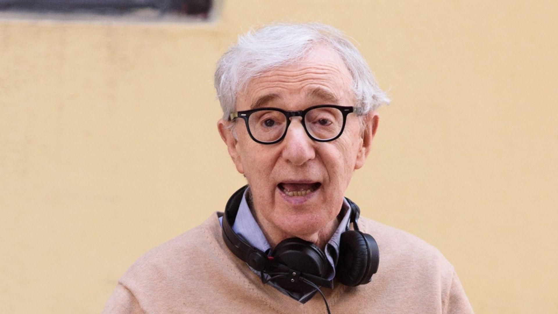 Alec Baldwin Comes to Woody Allen's Defense