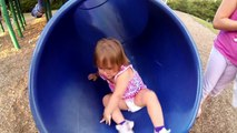 Kids Swim Underwater in Swimming Pool - Girls Prank Dad - Bath Time Fun - Chuck E Cheese's