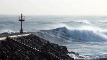 Temporal del Cantábrico hoy 18 Enero en la costa de Candás, Asturias