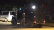 Adana Polis Karakolu Yakınındaki Eczanenin Önünde Patlama