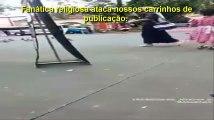 Religiosa Desequilibrada Ataca Testemunhas de Jeová Na Rua