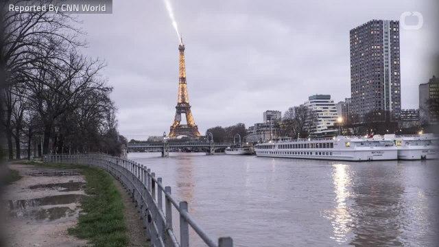 Paris Remains On Flood Alert As River Seine Rises