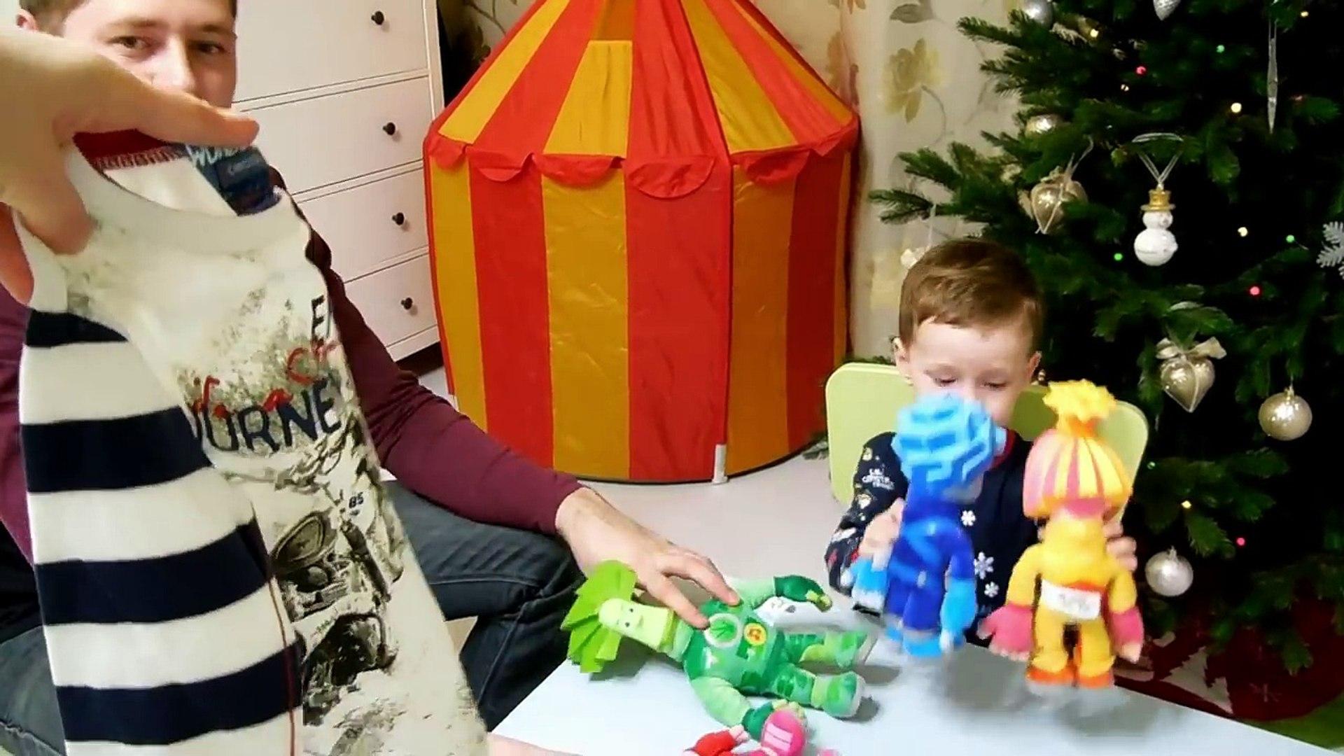 VLOG: 31 декабря / Встречаем Новый Год 2016 / Подарки под елкой, застолье