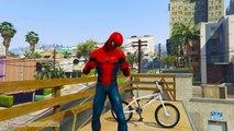 AVENGERS - Örümcek Adam, Hulk ve Iron Man EXTREME BMX FUN Savaşı! Çocuklar için video
