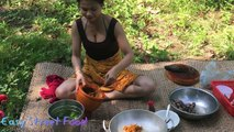 Cute Girl Cook Eel-Eel Cooking Recipes-Traditional Food In Cambodia-Popular Food in My Village