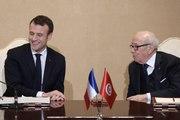 Déclaration de presse à Tunis du Président de la République, Emmanuel Macron, avec Béji Caïd Essebsi, Président de la République tunisienne.