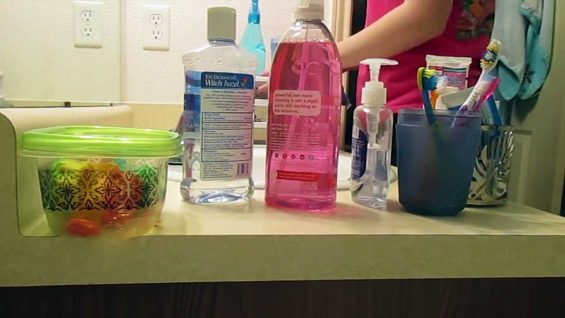 My Daily Cleaning Routine | Stay At Home Mom
