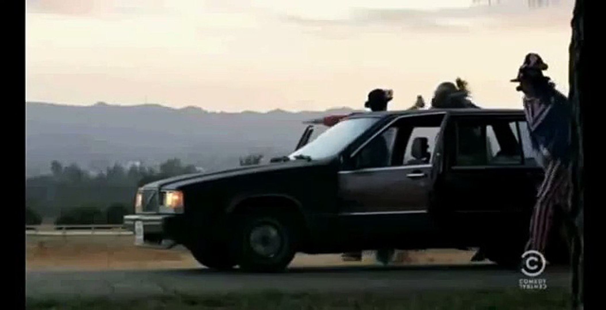 Workaholics-Ghost Driving