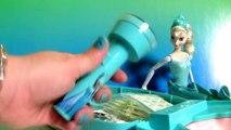 Maletinha Rainha Elsa com BRINQUEDOS SURPRESA TOYSBR Princesas Disney MONSTER HIGH ToysBR