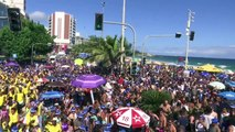 Thousands party in Rio as city gets ready for Carnival