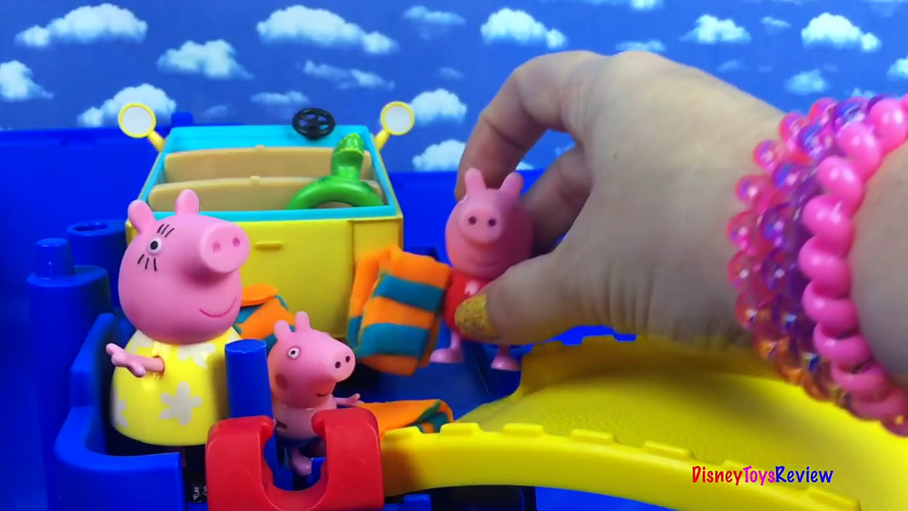 UNBOXING PEPPA PIGS LITTLE CAMPERVAN – STORY WITH MAMA PIG PEPPA PIG & GEORGE S SWIMMING LESSONS