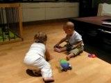 Les bebes betises