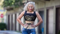 Corseter Mum Shrinks Waist To 18 Inches | HOOKED ON THE LOOK