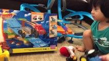 Blaze Rescues Thomas and Stephen - Mega Bloks Thomas and Friends - Blaze Mega Bloks Jungle Ramp Rush